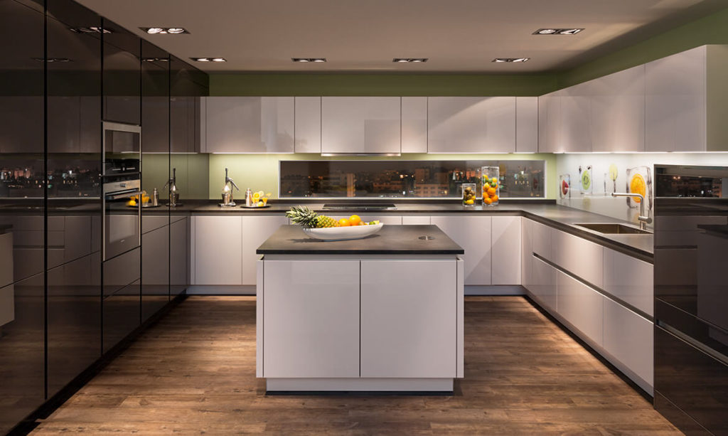 Rempp white and graphite lacquer handle-less kitchen
